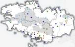 Localisation (commune d'implantation) des travaux pour l'eau aidés par France Relance en Bretagne juillet 2021 - La naure des projet est différenciée dans la légende : Assainissement (lutte contre les pollutions) - Eau potable (changement climatique) -hygiénisation des boues - Restauration écologique (biodiversité)